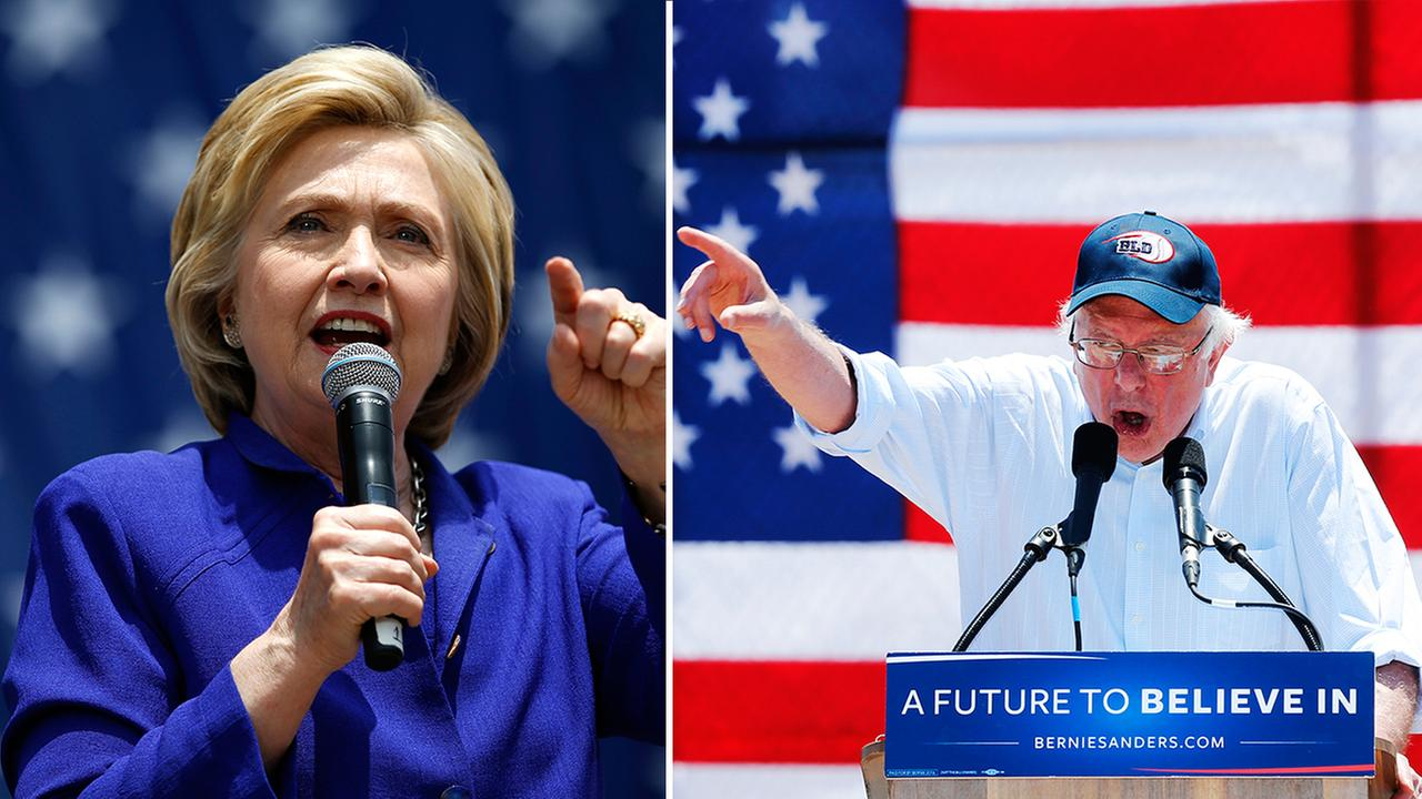 Democratic presidential hopefuls Hillary Clinton (left) and Bernie Sanders (right).