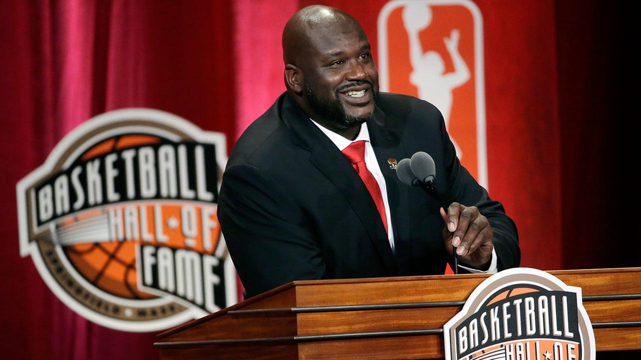 Shaquille ONeal speaks at his induction ceremony for the Basketball Hall of Fame in Springfield, Mass. on Friday, Sept. 9, 2016.