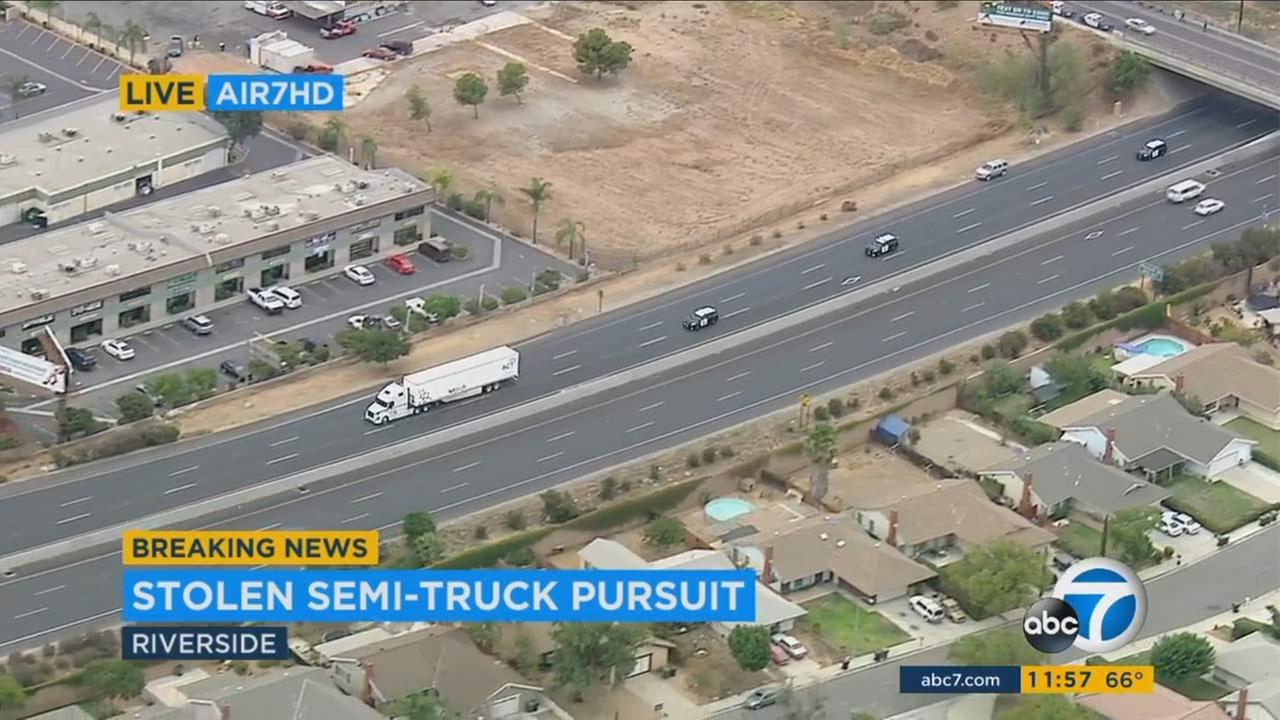 Ventura, CHP involved in pursuit