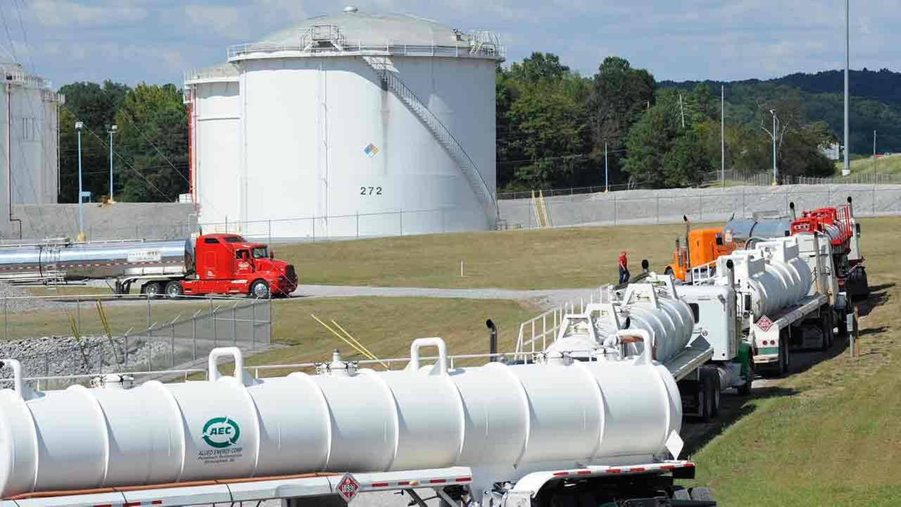 Tanker trucks line up at a Colonial Pipeline Co. facility in Pelham, Ala., near the scene of a 250,000-gallon gasoline spill on Friday, Sept. 16, 2016.