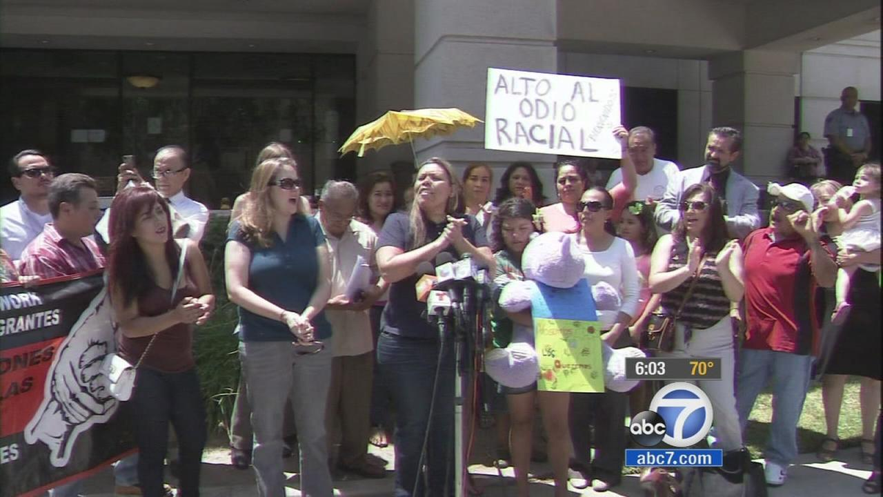 There was a show of support Wednesday for undocumented immigrants from Central America who were turned back by protesters in Murrieta on Tuesday.