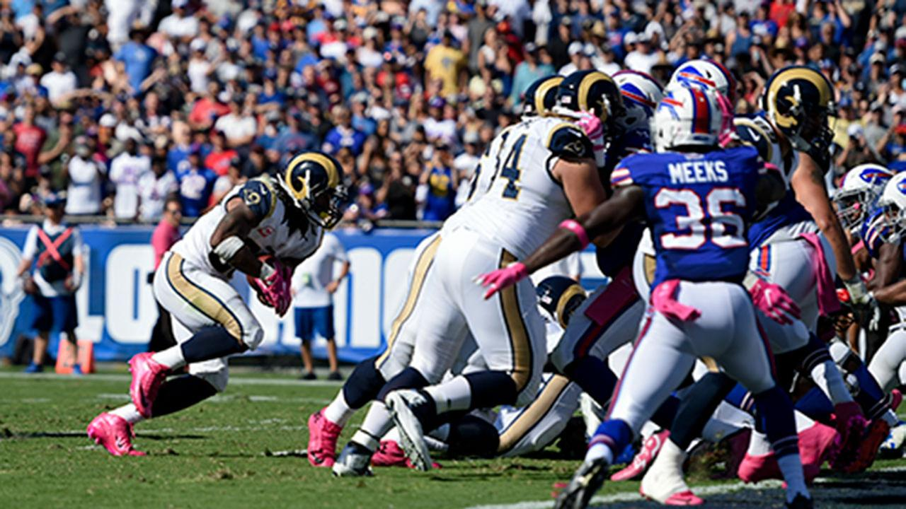 Rams running back Todd Gurley runs to a touchdown during LAs loss to the Buffalo Bills on Sunday, Oct. 9, 2016.