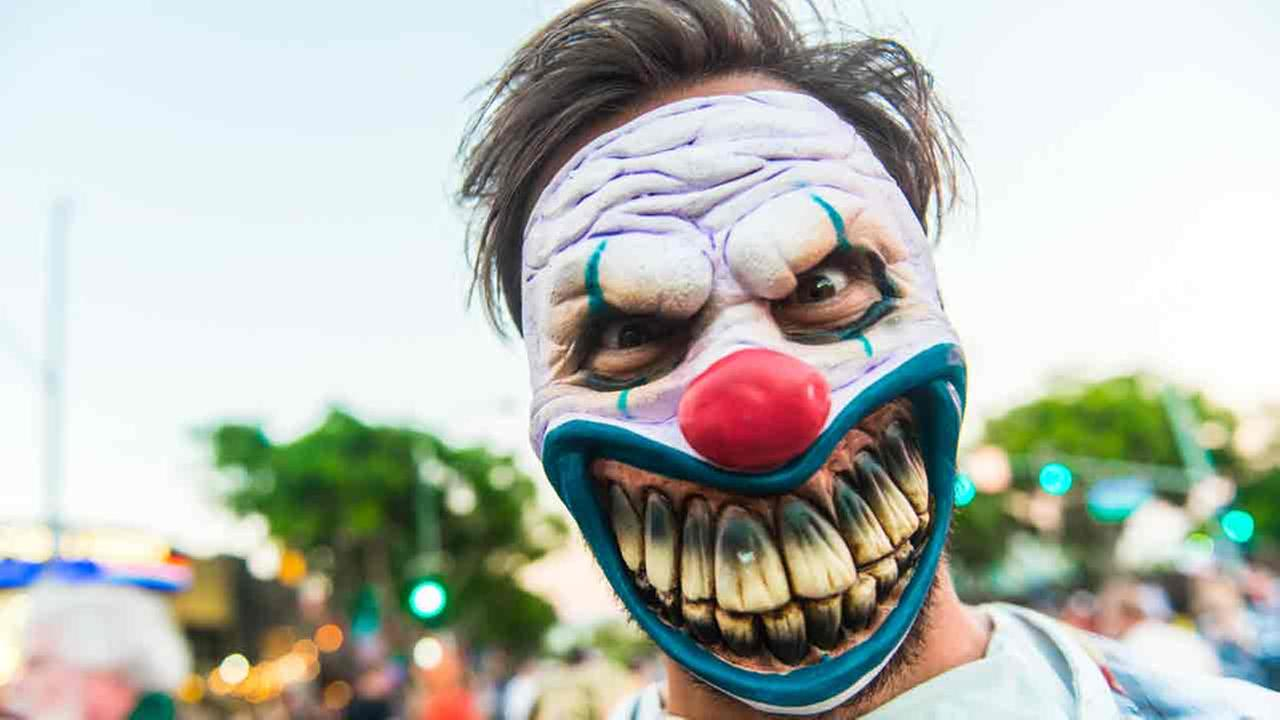 101616-kabc-shutterstock-scary-clown-img
