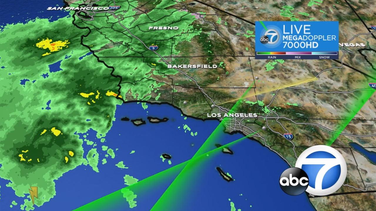The LIVE MEGADOPPLER 7000 HD shows a storm approaching Southern California.