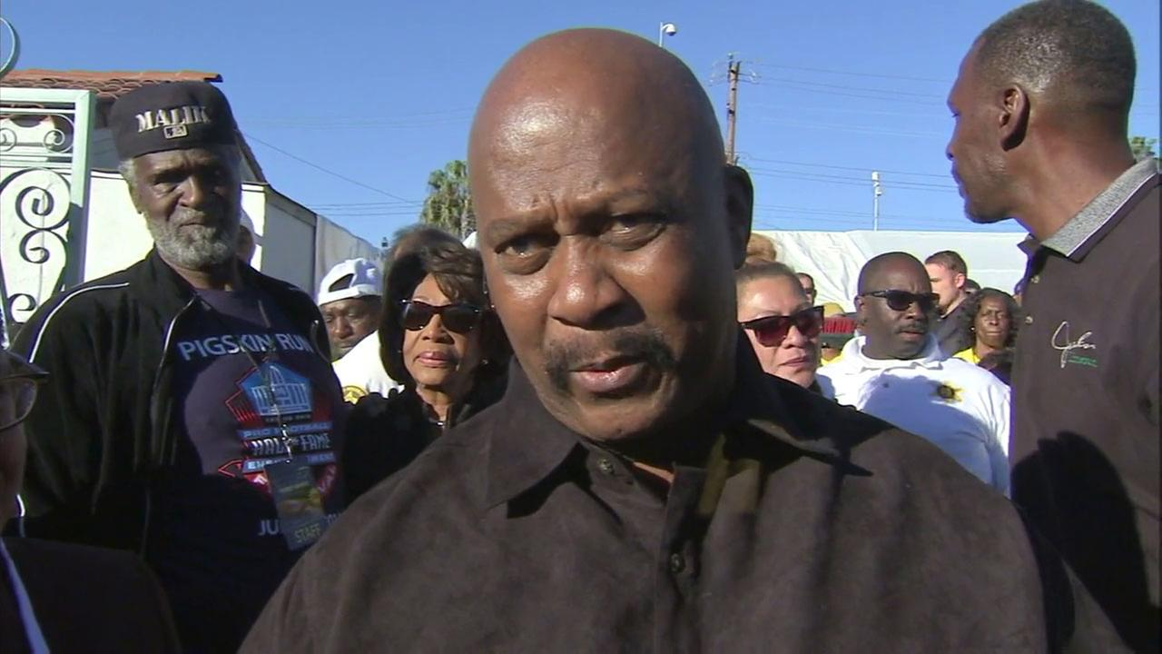 Only weeks before his massive annual Thanksgiving turkey giveaway, South Los Angeles businessman E.J. Jackson of Jackson Limousine Service (pictured in 2015) has died.