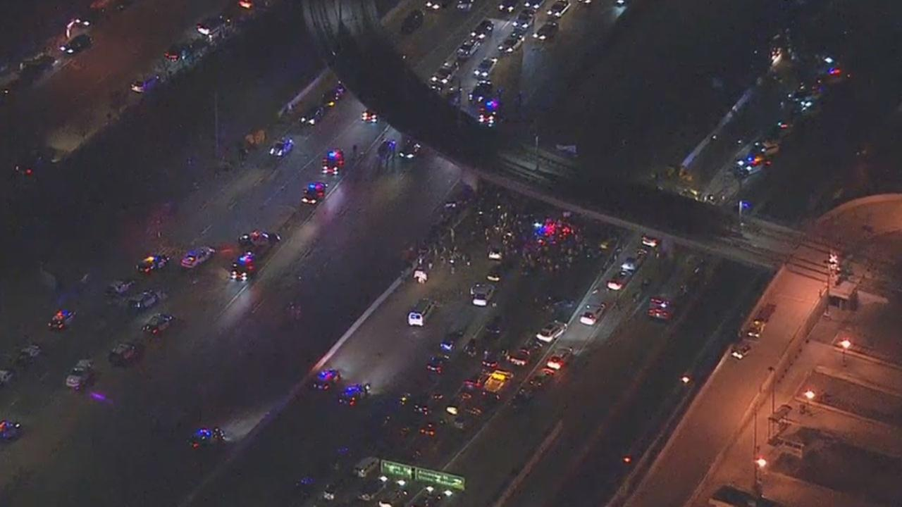 Demonstrators protesting Donald Trumps election blocked the 101 Freeway in downtown Los Angeles.
