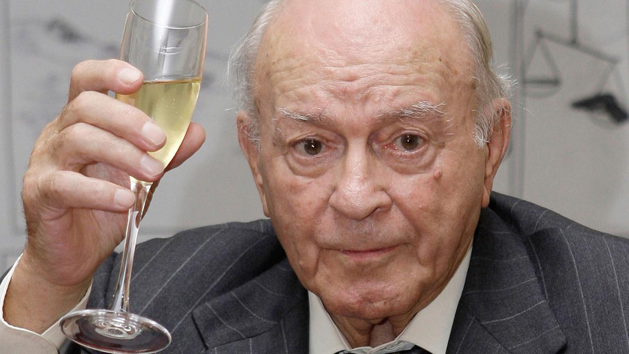 Former Real Madrid soccer star Alfredo Di Stefano died on Monday July 7, 2014. He was 88. <span class=meta>(Paul White)</span>