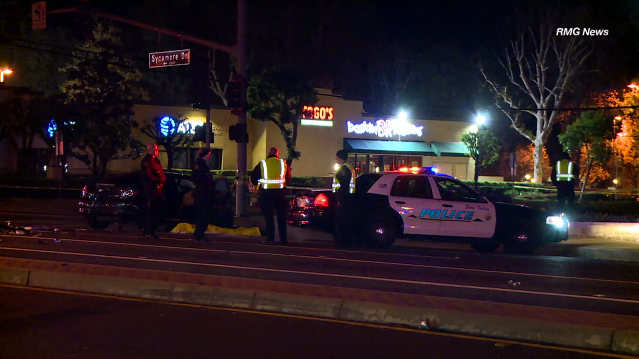 Off-duty LAPD officer killed in New Year's morning crash in Simi Valley
