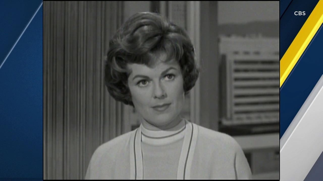 Actress Barbara Hale, who played Della Street in the Perry Mason series, has died at age 94.