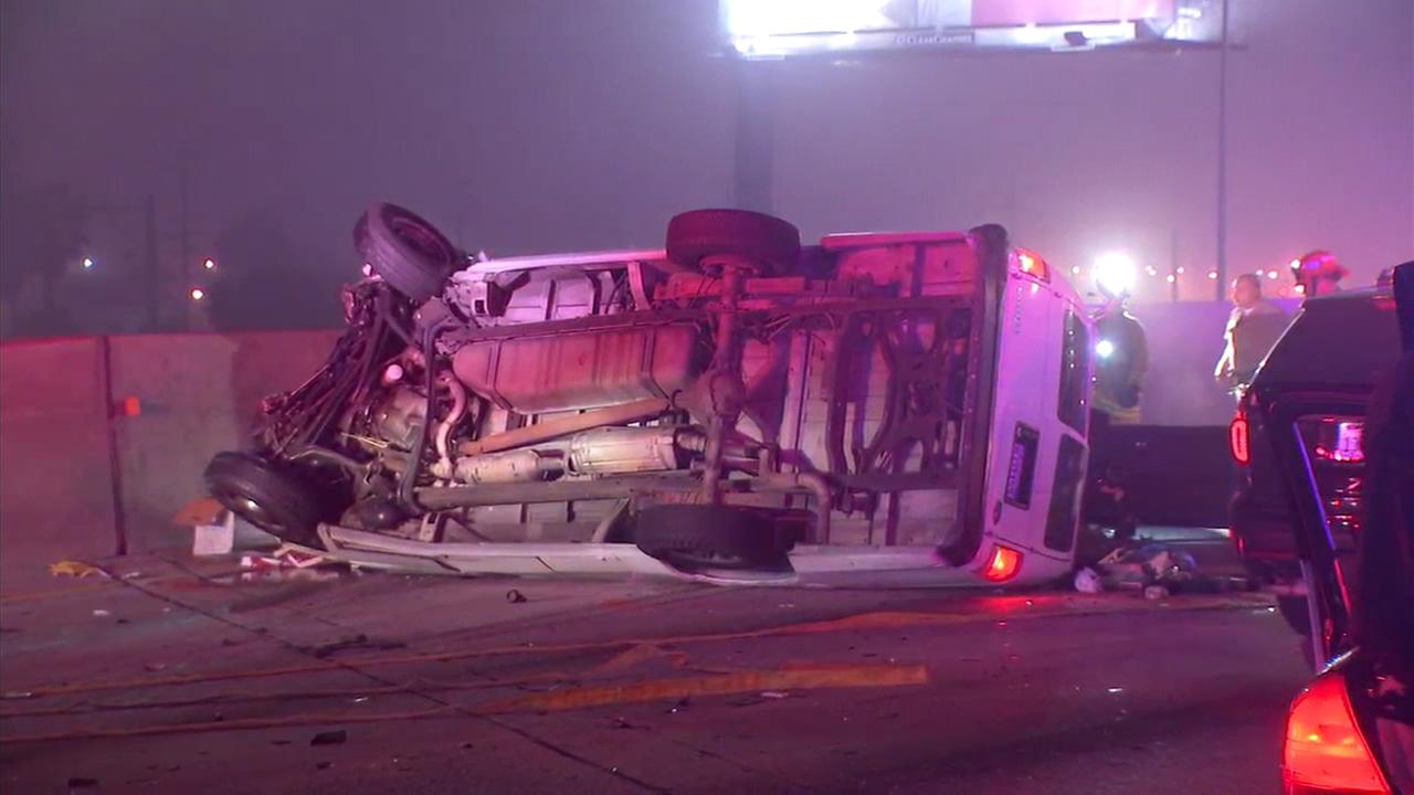 3 dead in wrong-way crash on 5 Freeway in Commerce; all NB lanes closed