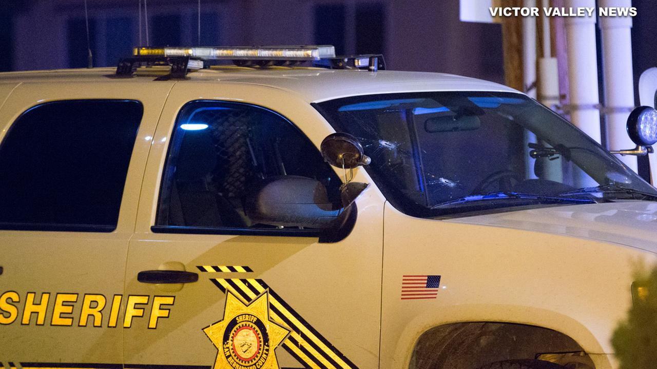 Deputy injured in shooting in Hesperia; suspect at large, authorities say