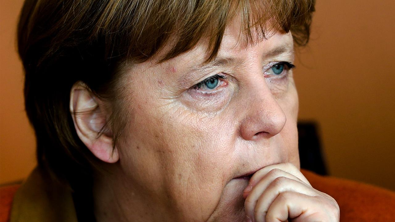 Trump's campaign insults complicate Merkel's visit to White House