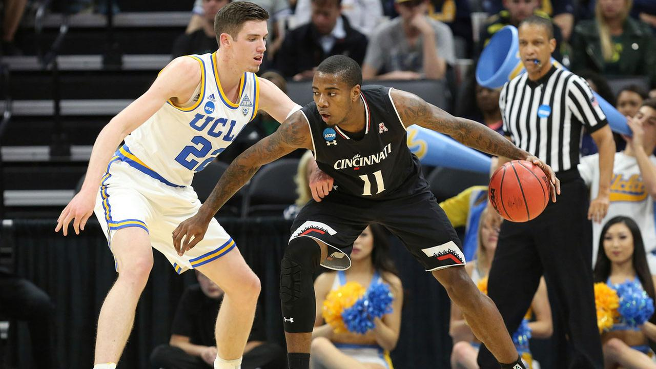 UCLA forward TJ Leaf guard Cincinnati forward Gary Clark during the first half of a second-round game of the NCAA mens college basketball tournament in Sacramento, Calif.
