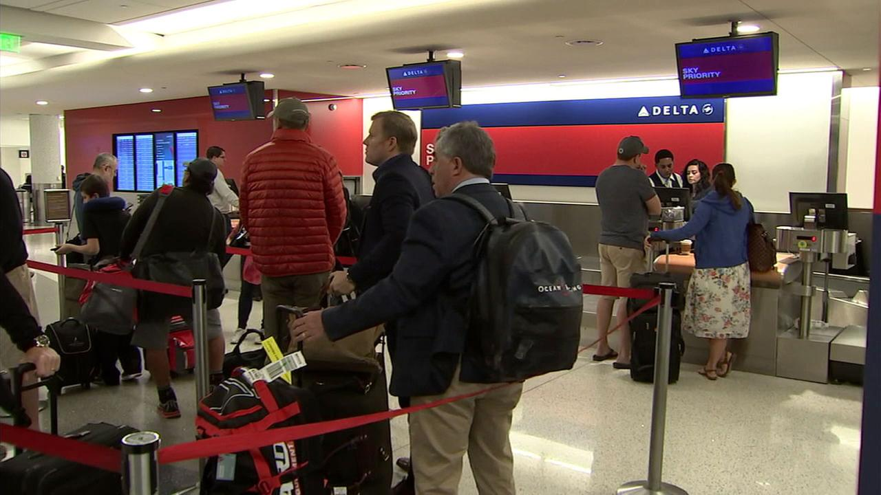 Hundreds stranded as Delta cancellations reach 4th day