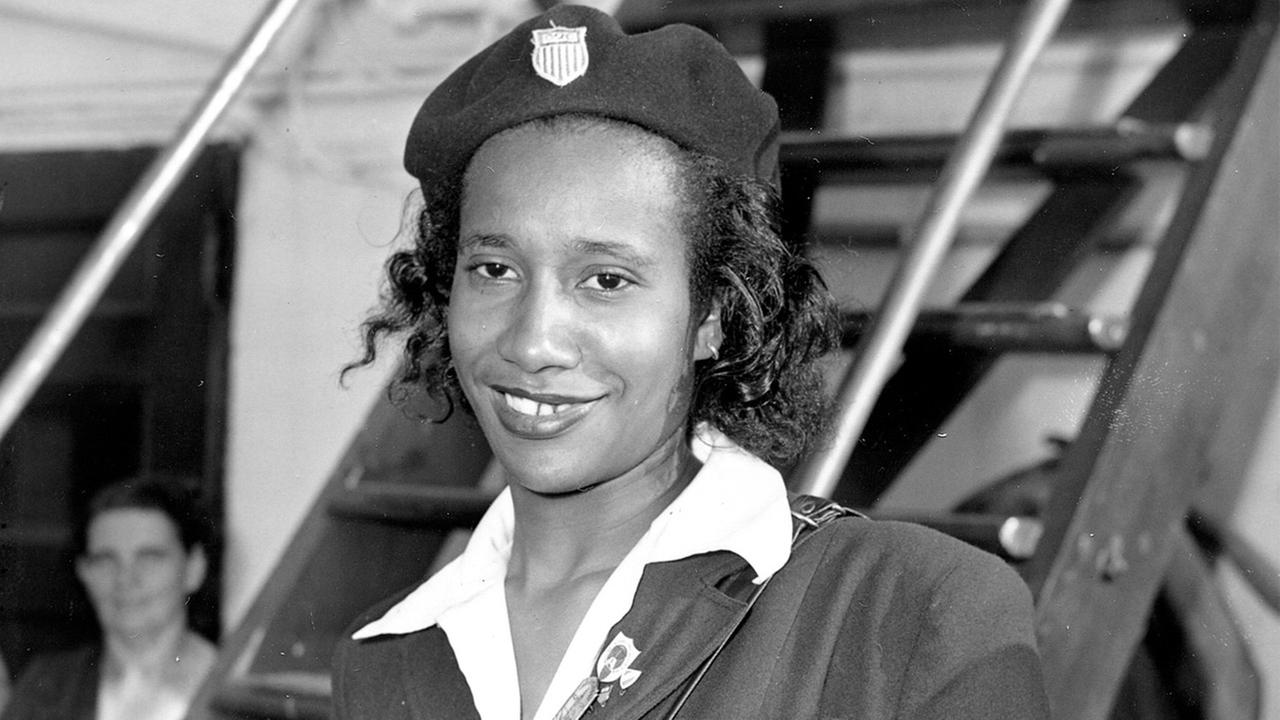 Alice Coachman Davis, the first black woman to win an Olympic gold medal, died Monday, July 14, 2014, in south Georgia. She was 90. <span class=meta>(AP Photo&#47;John Rooney)</span>