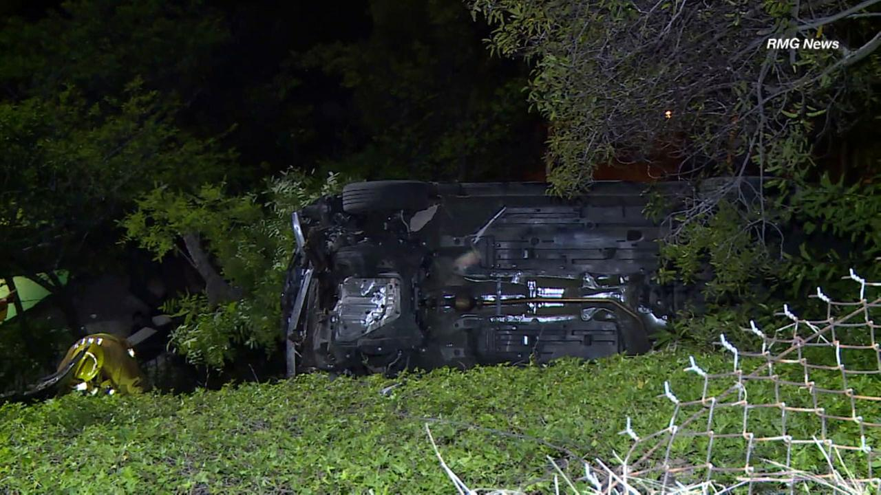 Hollywood Hills crash: Crews search for driver after car plunges down cliff