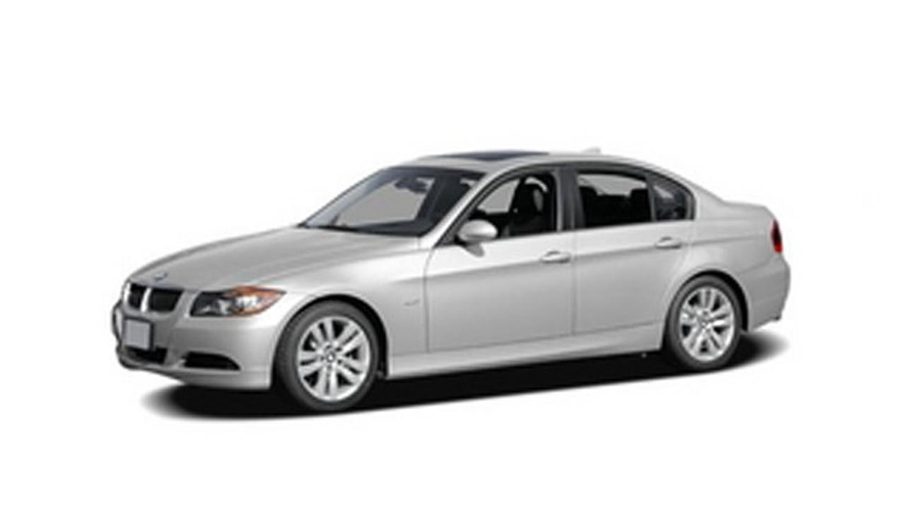 This photo shows the 2006 BMW 3-Series sedan.