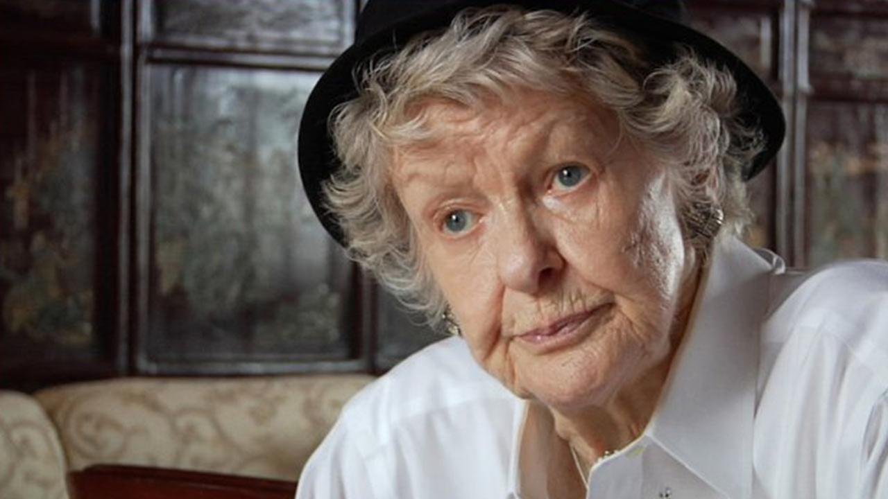 Elaine Stritch appears in a still from Elaine Stritch: Shoot Me.