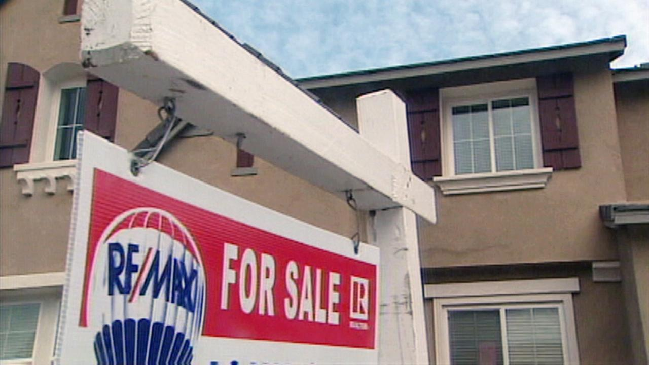 Southern California average annual income needed to afford home