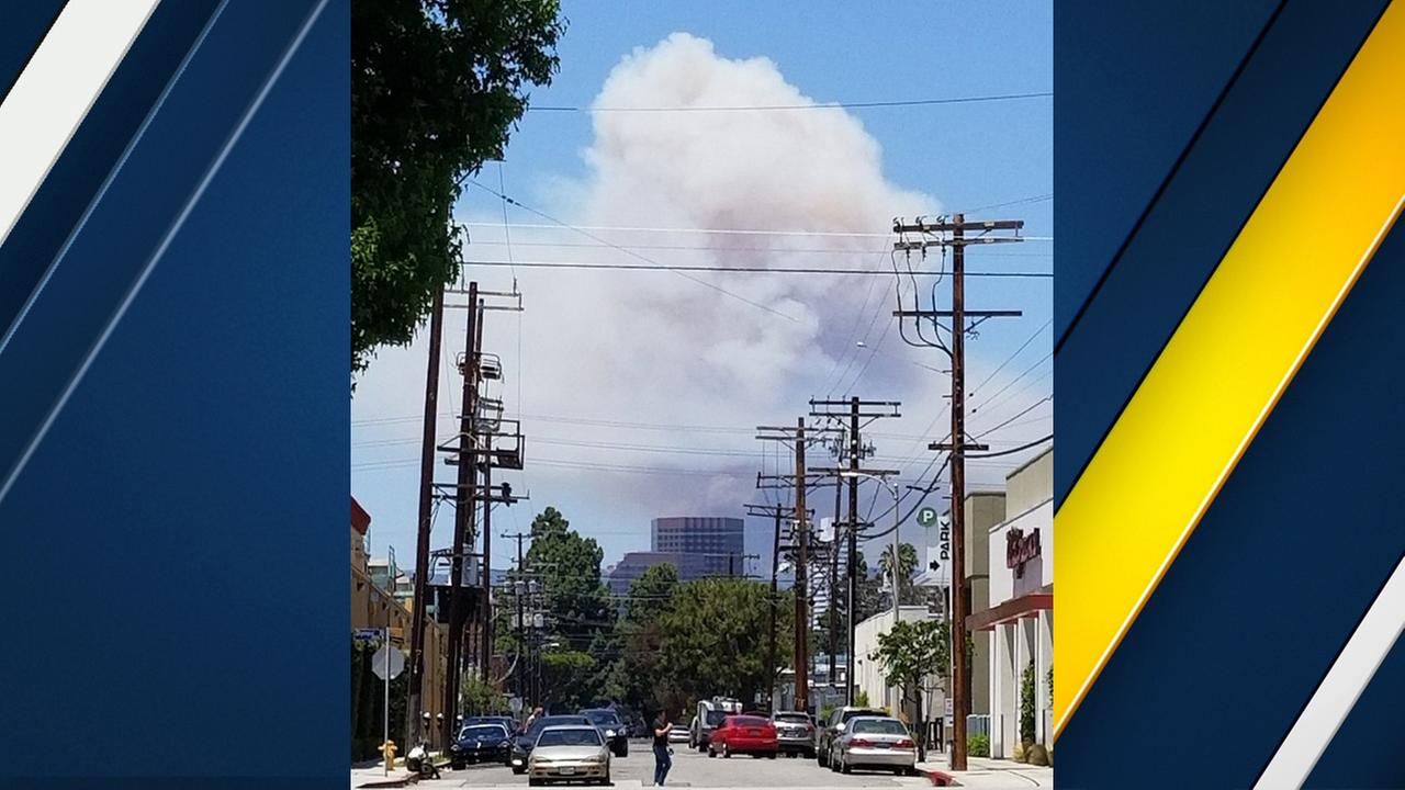 A massive plume of smoke was visible above L.A.s Westside as a fire burned in Brentwood on Sunday, May 28, 2017.