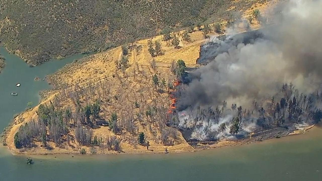 Brush Fire Burns Near Castaic Lake