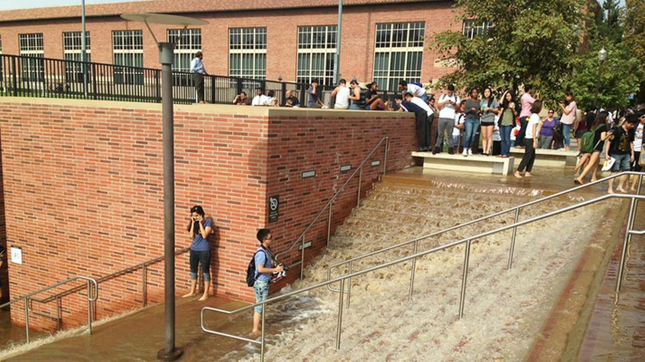 Westwood water-main break, UCLA campus, July 29, 2014.Gene Blevins/Los Angeles Daily News