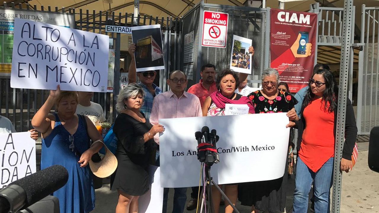 Community groups who were gathering donations for earthquake victims and rescue groups protested in front of the Mexican consulate.