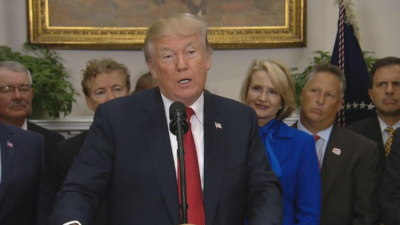 President Donald Trump delivers remarks before signing an executive order at the White House on Thursday, Oct. 12, 2017.
