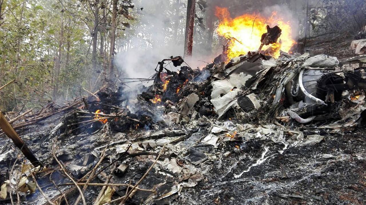 Costa Rica plane crash leaves 10 foreigners dead, government says