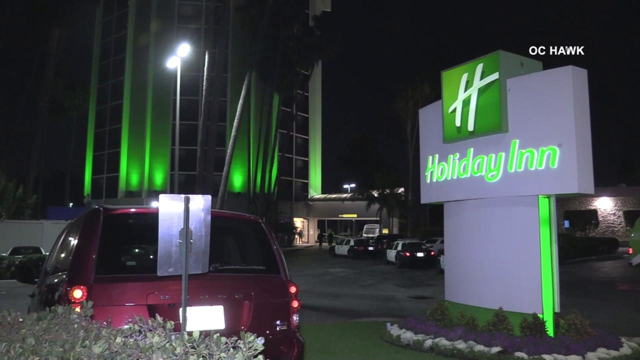 Gunman fatally shot in Long Beach hotel lobby