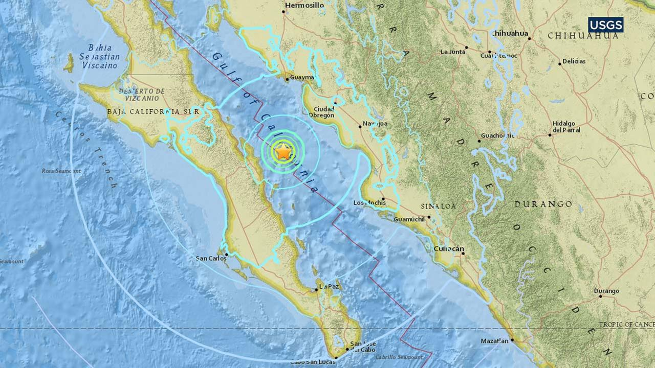 Quake shakes Baja California, Central Mexico