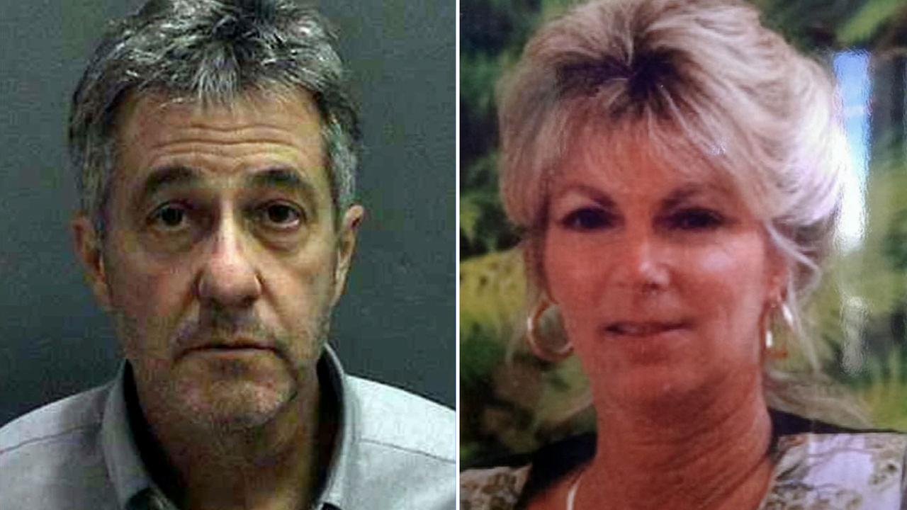 Paul Curry faces murder charges in the 1994 poisoning death of his wife, Linda.