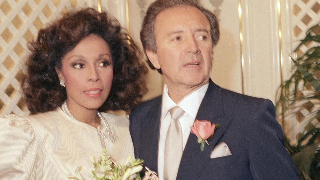 Diahann Carroll weds Vic Damone at Golden Nugget Hotel Casino in Atlantic City, New Jersey on Jan. 3, 1987. ()AP Photo/Scott Stetzer