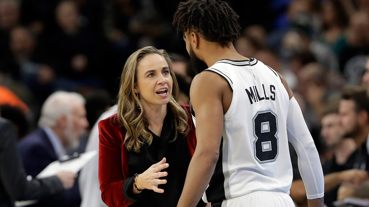 Spurs assistant Becky Hammon interviewing for Bucks coaching vacancy