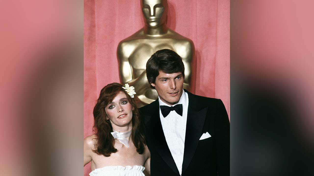 Actress Margot Kidder and actor Christopher Reeve pose in front of Oscar at the 51st Annual Academy Awards ceremony in Los Angeles, April 9, 1979.
