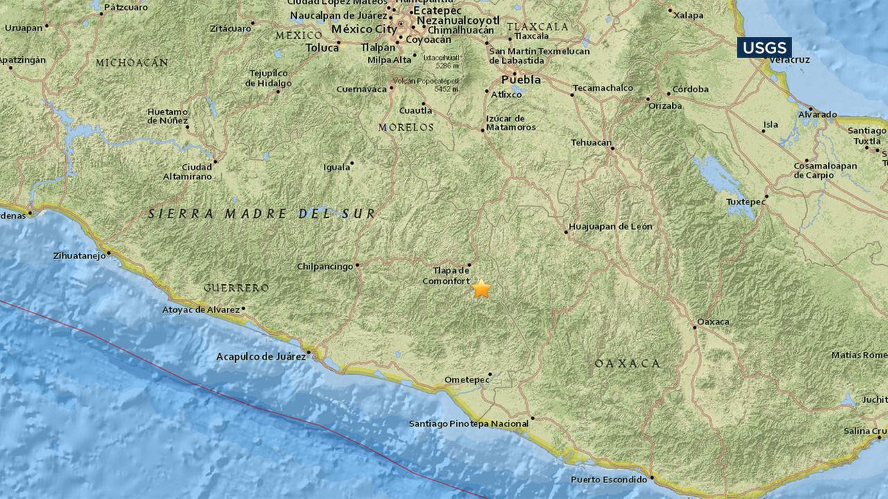 A magnitude 5.2 earthquake rattled southern Mexico Sunday night.