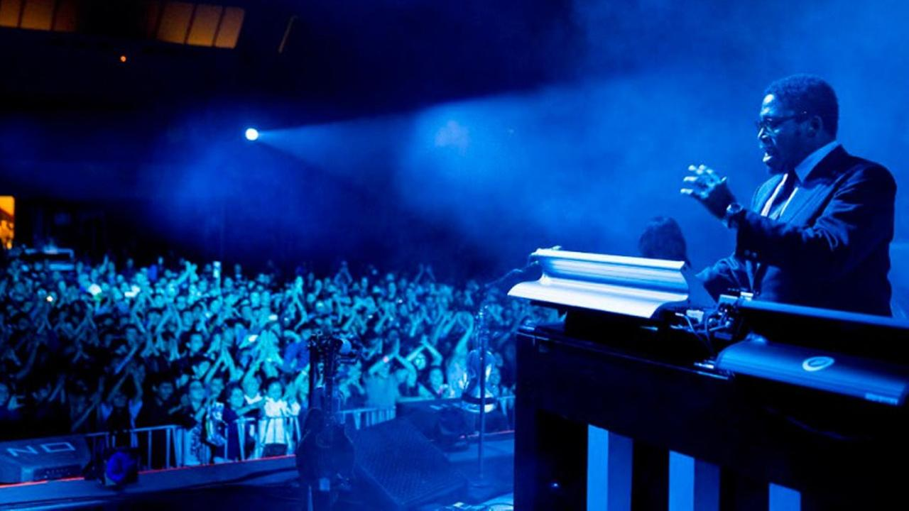Isaiah Ikey Owens, Jack Whites keyboardist, died Tuesday, Oct. 14, 2014 in Mexico. The Long Beach native was 38 years old. <span class=meta>(jackwhiteiii.com)</span>