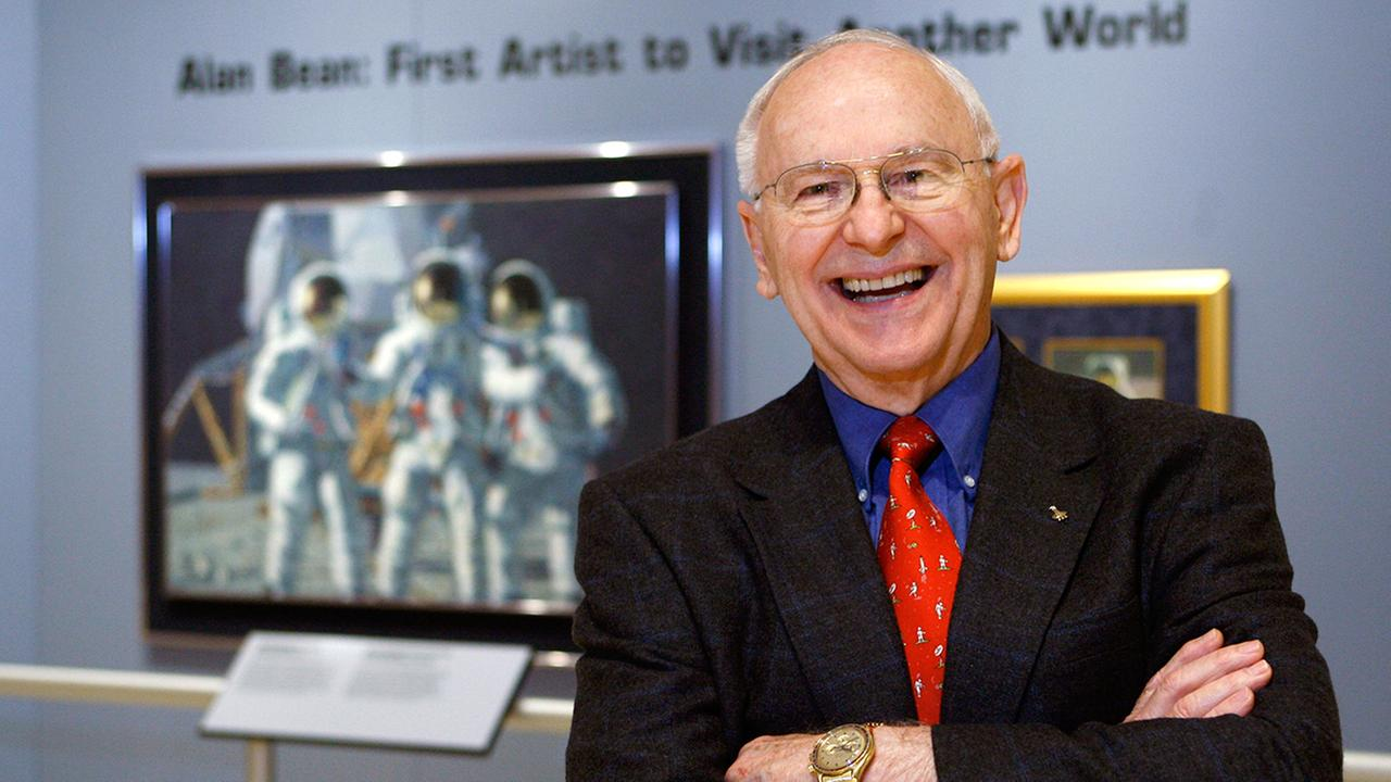 Artist Alan Bean, the fourth man to walk on the moon, is shown during a preview of his work at the Lyndon Baines Johnson Library and Museum Wednesday, Oct. 1, 2008, in Austin.