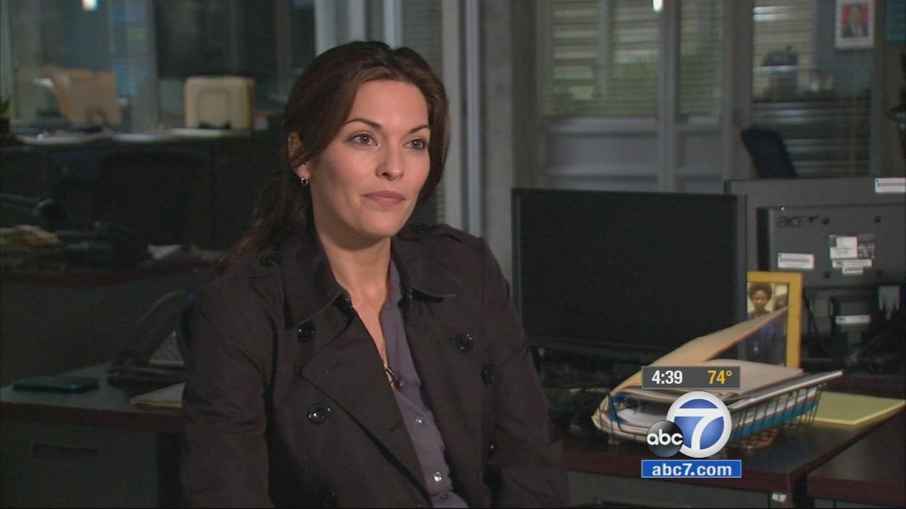 Alana De La Garza of ABCs Forever loves playing her tough cop character, but admits shes goofy in real life.