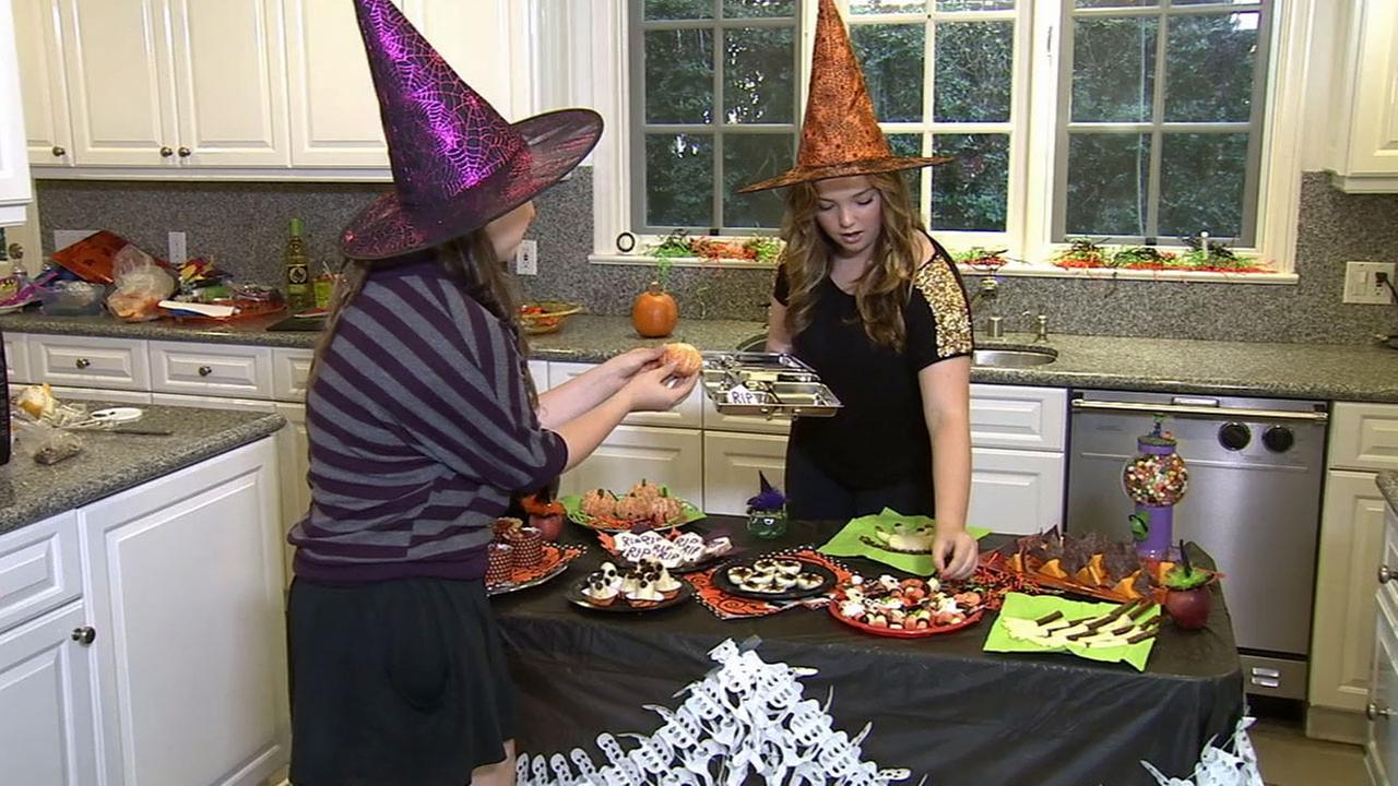 Nutritionist Patricia Greenberg shares her tips on how to keep Halloween healthy and fun without all the sugar.