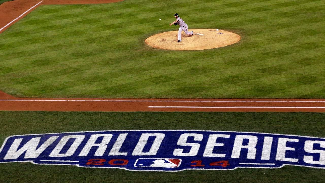 San Francisco Giants pitcher Madison Bumgarner throws during the fifth inning of Game 7 of baseballs World Series.