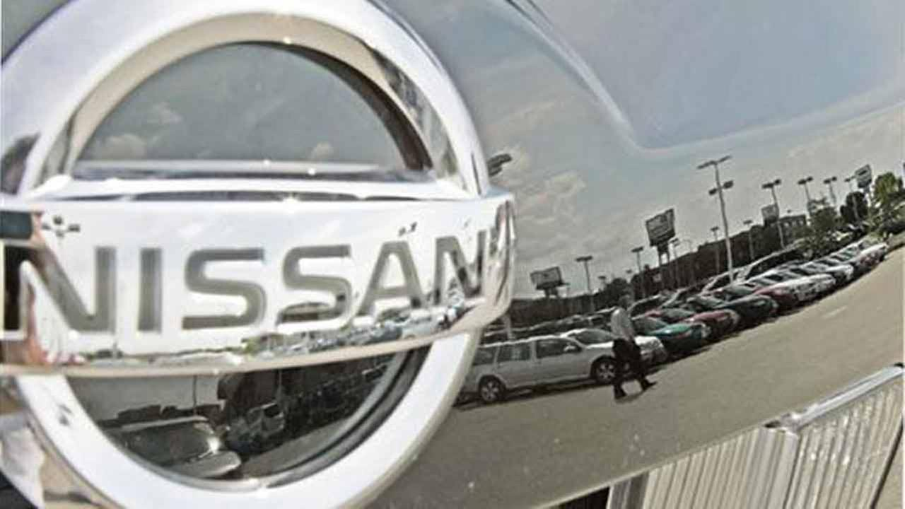 Nissan recalls 52,000 vehicles for faulty air bags
