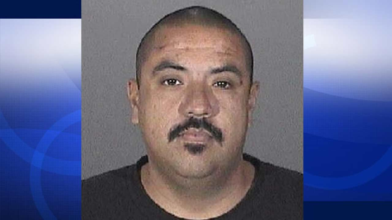 Ismael Soto, 35, is shown in an undated file photo. Soto is wanted in a purse-snatching robbery that occurred in Santa Clarita on Saturday, Nov. 1, 2014.