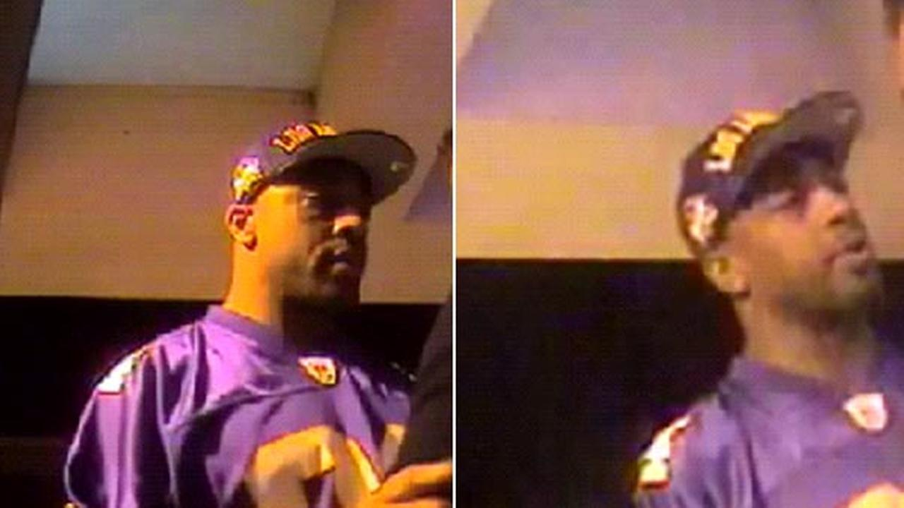 Police released photographs of a suspect who robbed a victim at a bank ATM in Hollywood on October 15, 2014.
