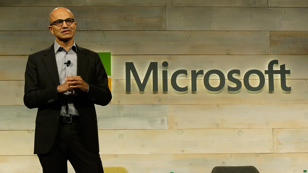 Microsoft CEO Satya Nadella speaks at Microsoft Corp.s annual shareholders meeting in Bellevue, Wash. on Wednesday, Dec. 3, 2014.