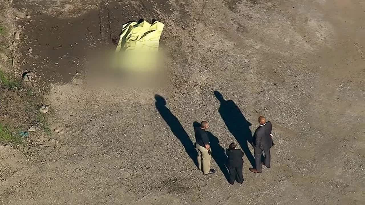 A mans body was discovered in Signal Hill on Monday, Jan. 5, 2015.