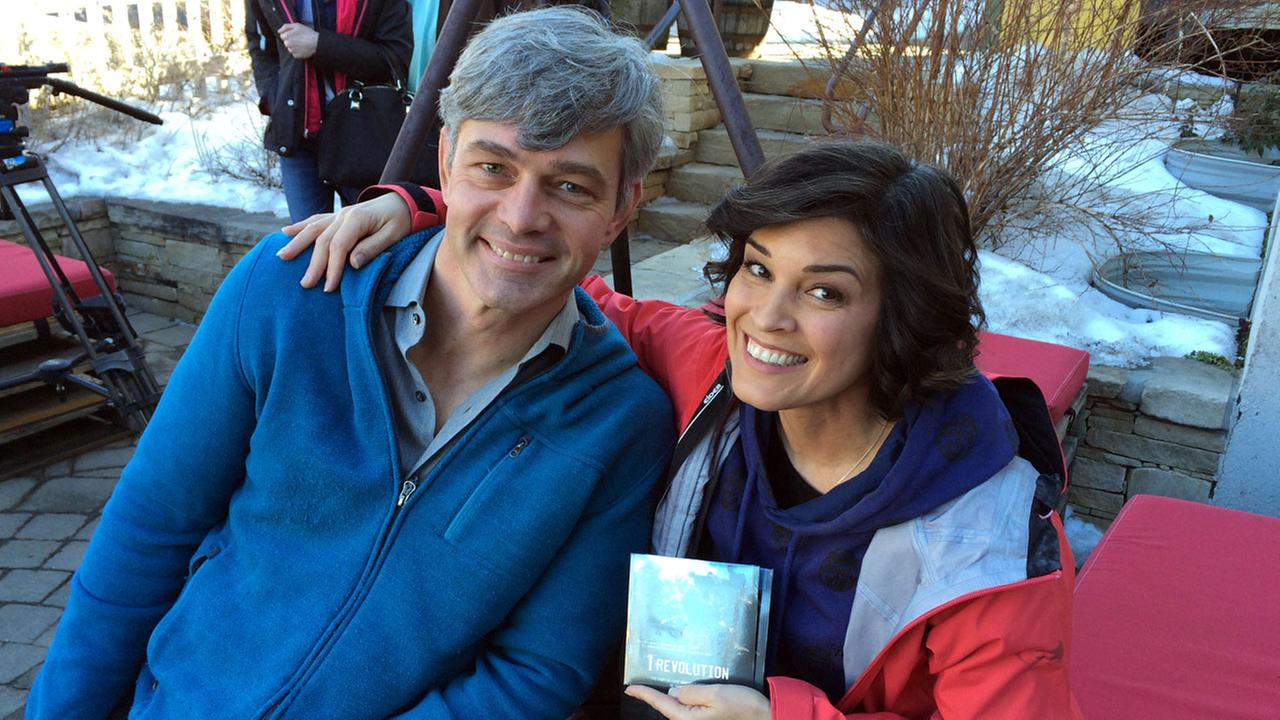 Eye on L.A. host Tina Malave meets up with Paralympic athlete Chris Waddell at Canyons Resort before hitting the slopes in Park City, Utah.