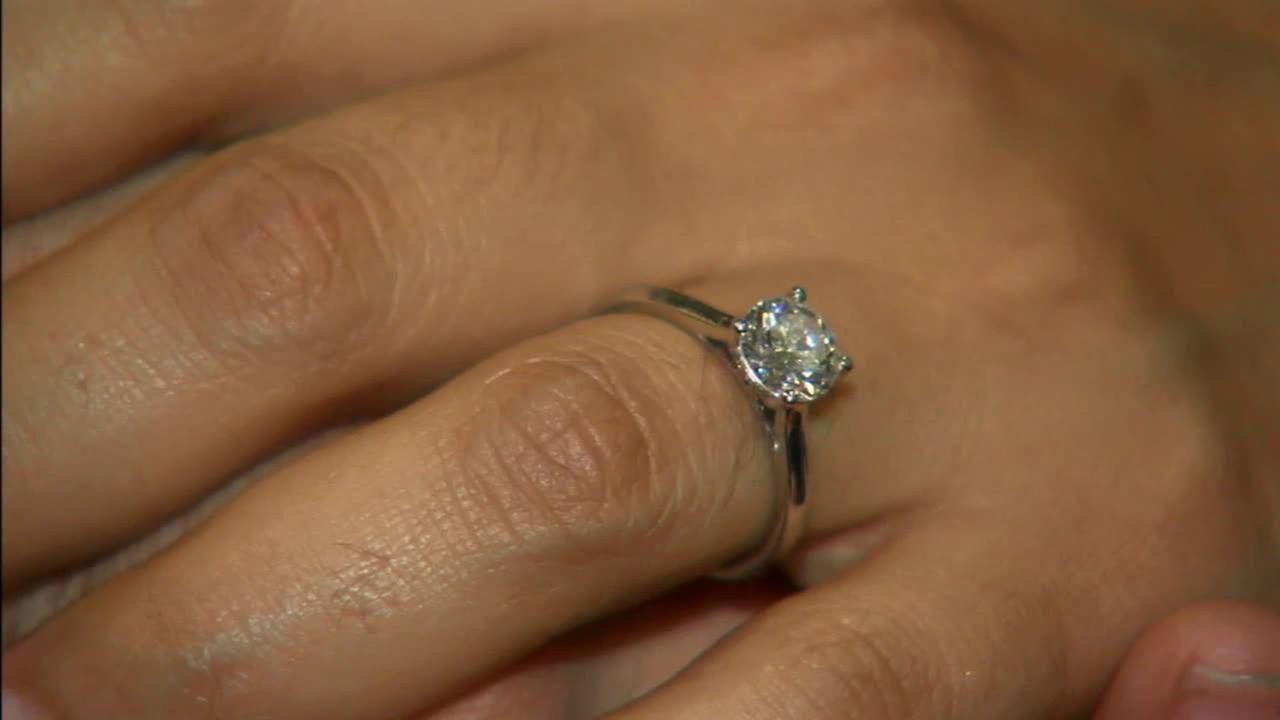 Miriam Castellanos was reunited with her lost ring thanks to a Good Samaritan, a dedicated cop and a thorough jeweler.