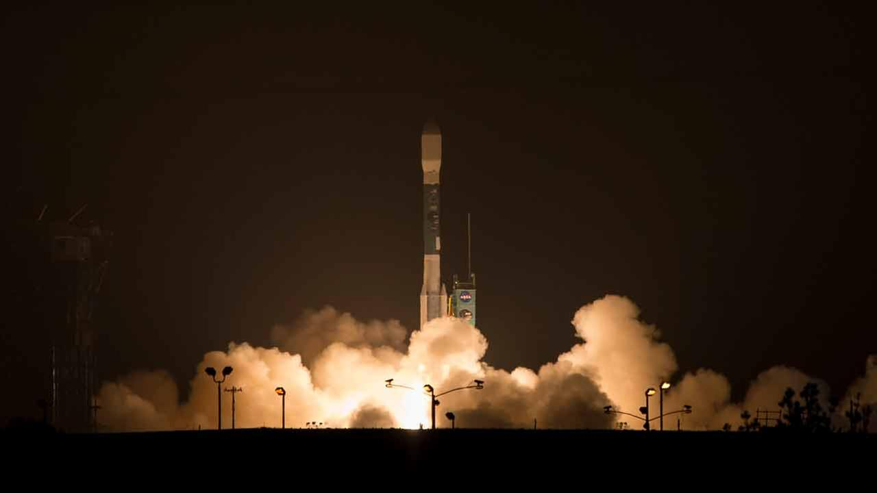 The Delta II rocket carrying NASAs Soil Moisture Active Passive observatory launches from Vandenberg Air Force Base on Saturday, Jan. 31, 2015.