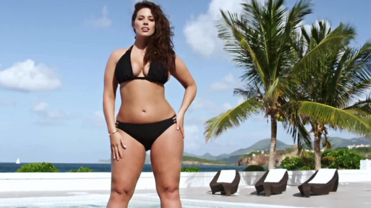 sports illustrated' features first plus-sized model in swimsuit